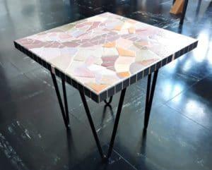 Table basse en mosaïque d'émaux de Briare